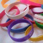 Silikonband für das Handgelenk als werbewirksames Giveaway